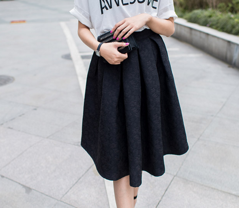 Black Pleated Midi Lace Skirt