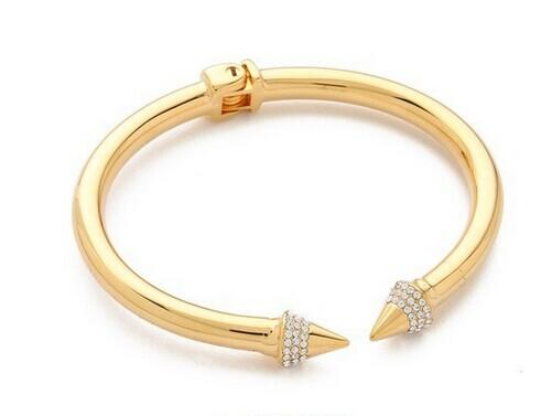 Double Arrow Bracelet