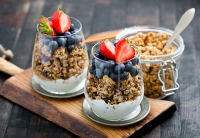 easy-homemade-healthy-granola-ways-of-eating