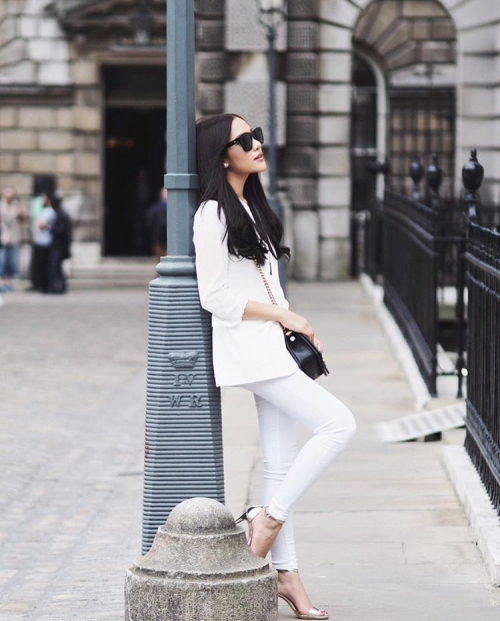 Post Like A Diva for #OOTD Photo - Claire W