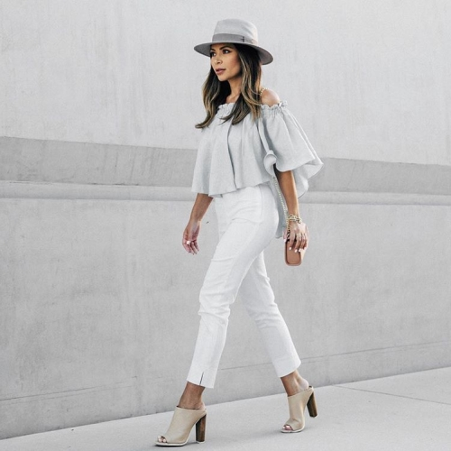 Post Like A Diva for #OOTD Photos  - Marianna Hewitt