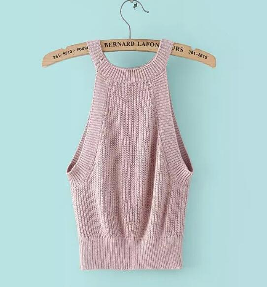 pink-halter-neck-knitted-crop-top