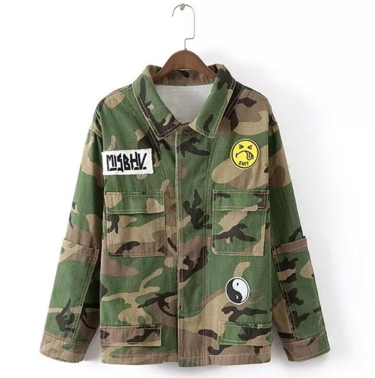 embroidered-patch-oversized-camouflage-jacket