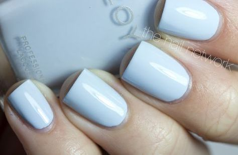 fall-winter-nail-color-trends-you-have-to-try-right-away-powdery-blue