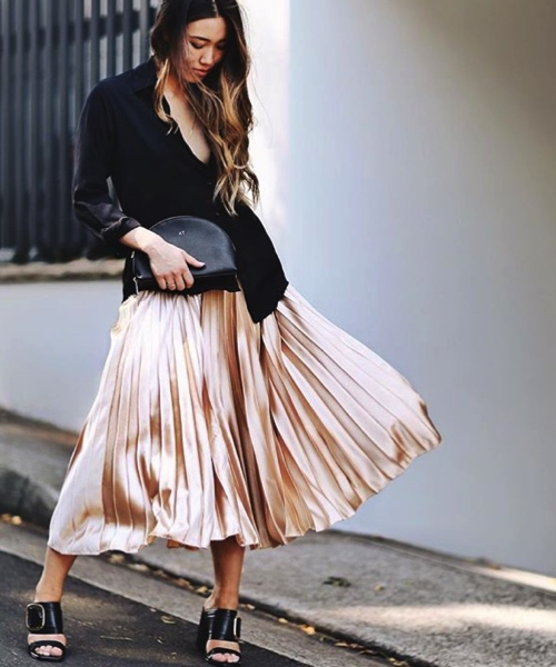 how-to-style-pleated-skirt-the-wardrobe-essential-alisha-thornley