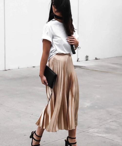 how-to-style-pleated-skirt-the-wardrobe-essential-kristy-who