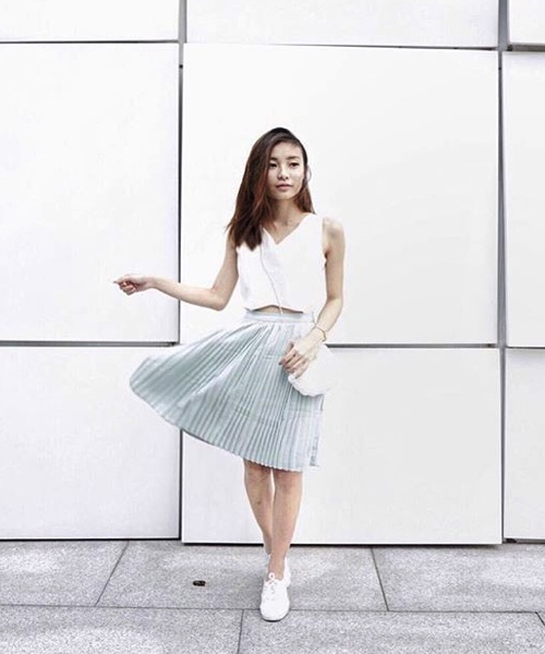 how-to-style-pleated-skirt-the-wardrobe-essential-xaria-tan