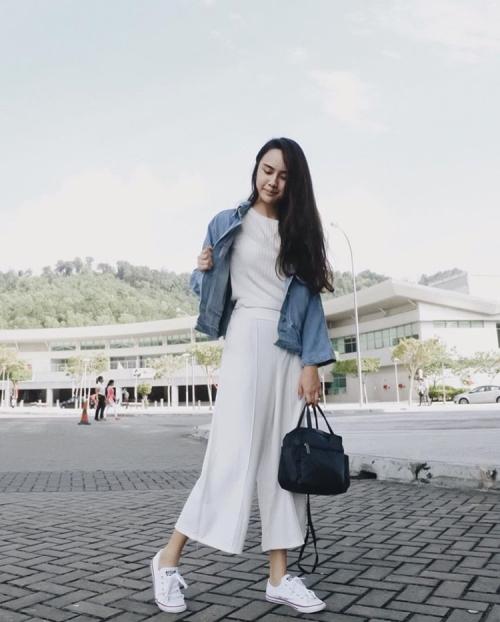 how-tos-wear-your-sneakers-in-style-jestinna-kuan-1