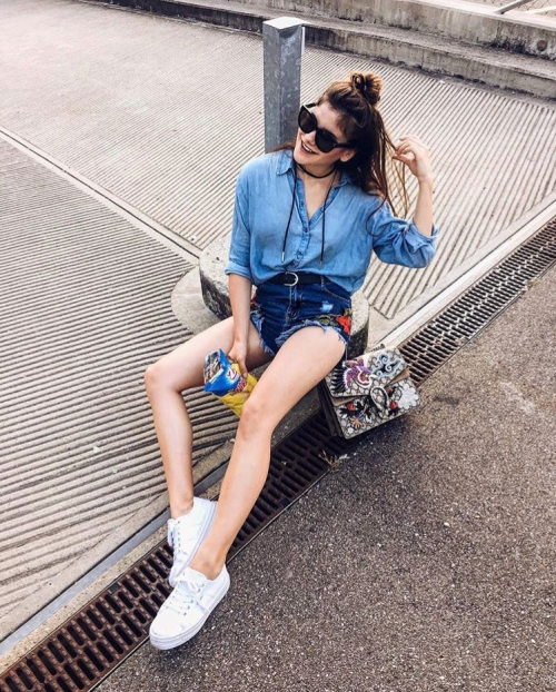 how-tos-wear-your-sneakers-in-style-michele-krusi