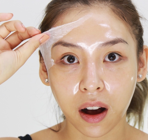 simple-d-i-y-remedies-to-get-rid-of-annoying-blackheads-egg-white-mask