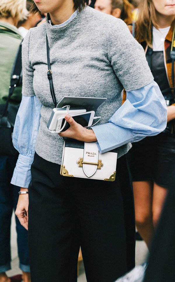 trendy-ways-to-style-a-sweater-like-a-fashionista-3