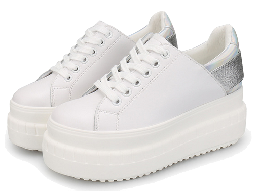 white-faux-leather-platform-sneakers-with-metallic-detailing