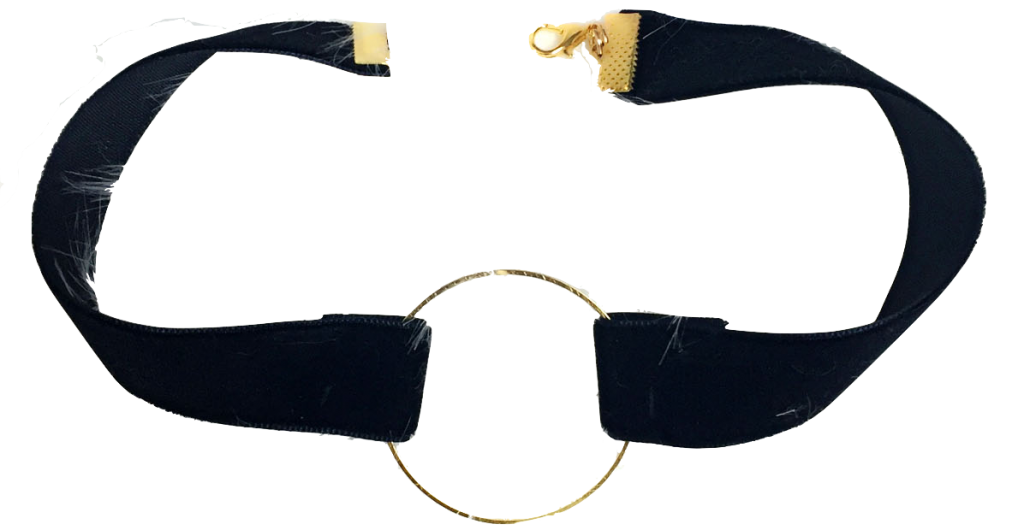 black-velvet-choker-with-gold-circle-hoop