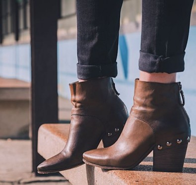 how-to-style-ankle-boots-like-the-it-girls-this-aw