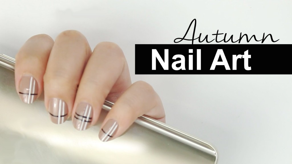 simple-autumn-nail-art-beige-nail-art