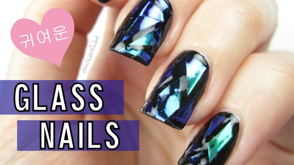 diy-shattered-glass-nails