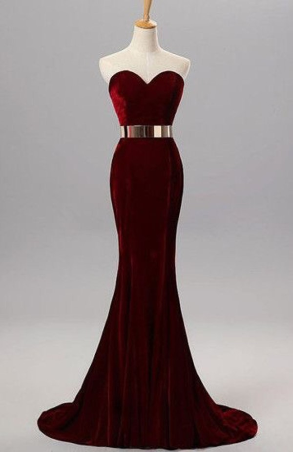 burgundy-strapless-velvet-mermaid-prom-dress-with-gold-embellished-waistbelt-and-sweetheart-neckline