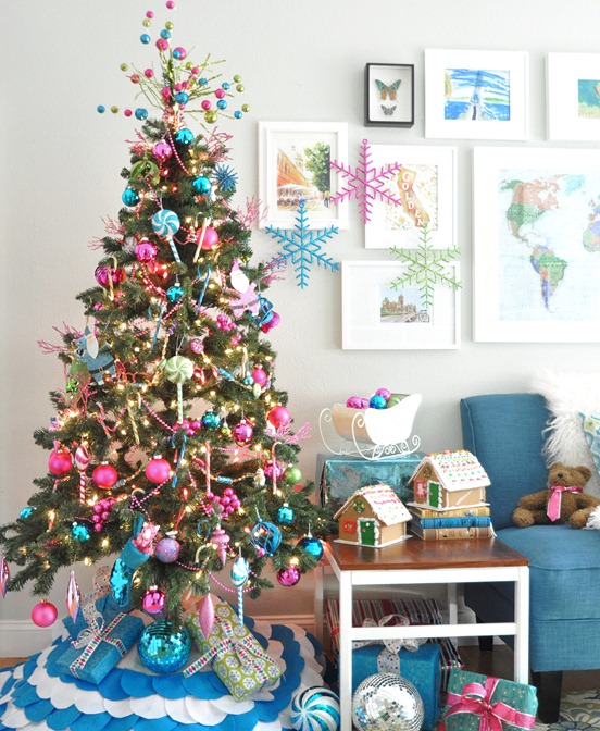 source hgtv colorful christmas tree 4 - Colorful Christmas Decorations