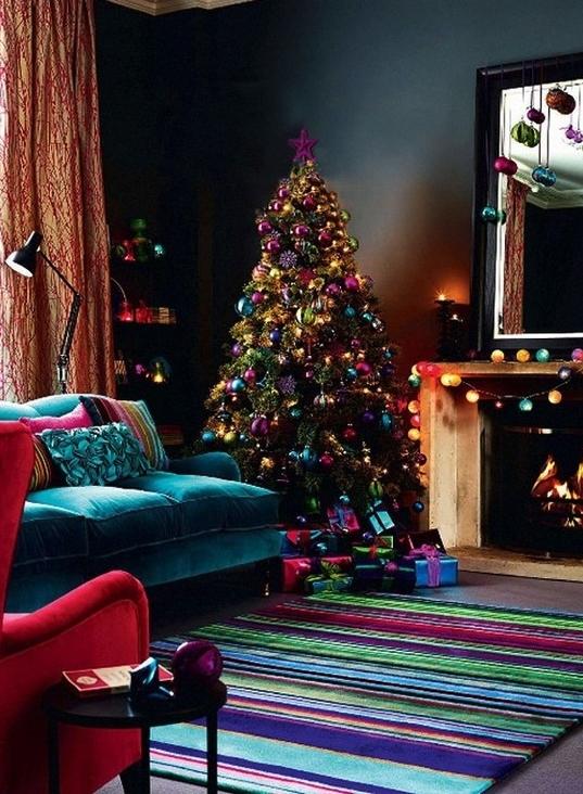 jewel-tone-christmas-decoration-2