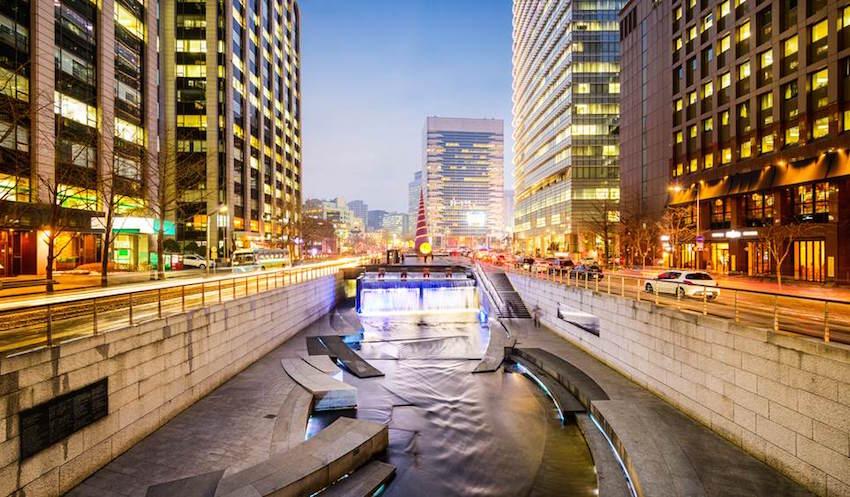seoul-south-korea-cheonggyecheon-waterway