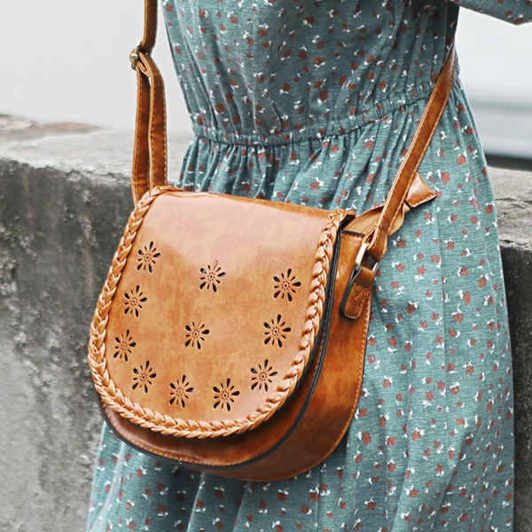 simple-weave-cross-body-bag