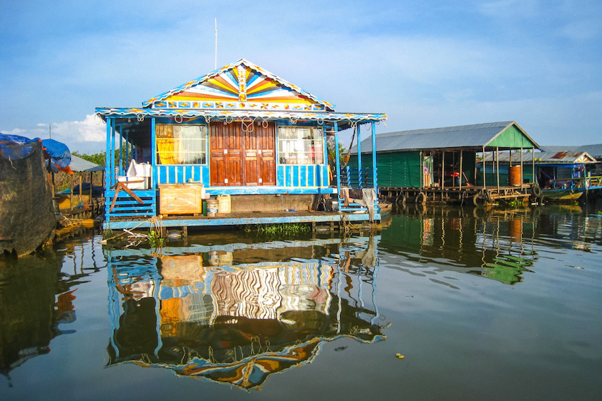 tonle-sap-river-floating-village-cambodia