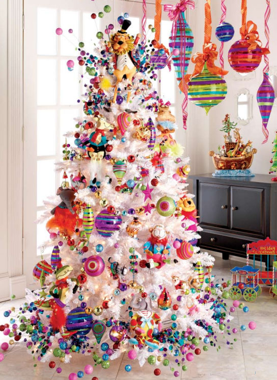 colorful christmas decoration - White Christmas Decorating Theme