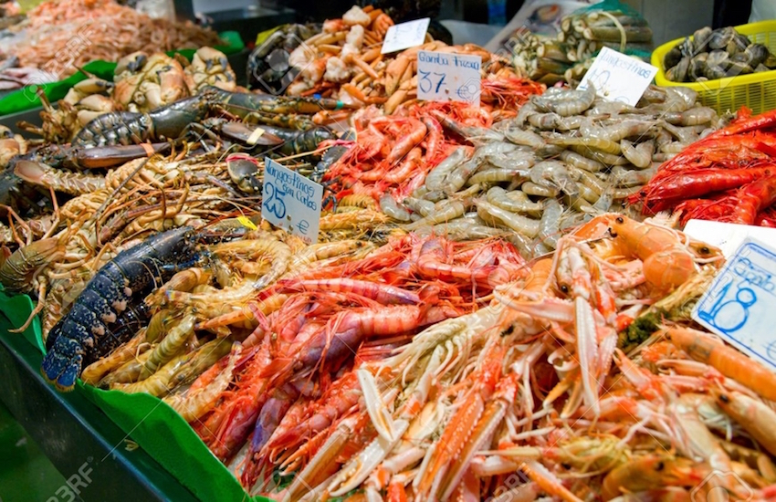 fresh-seafood-barcelona-spain