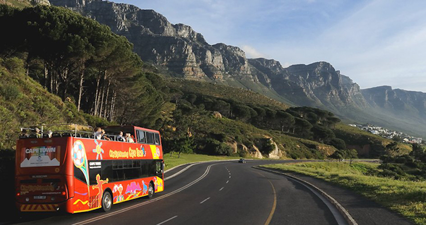 hop-on-off-bus-cape-town-south-africa