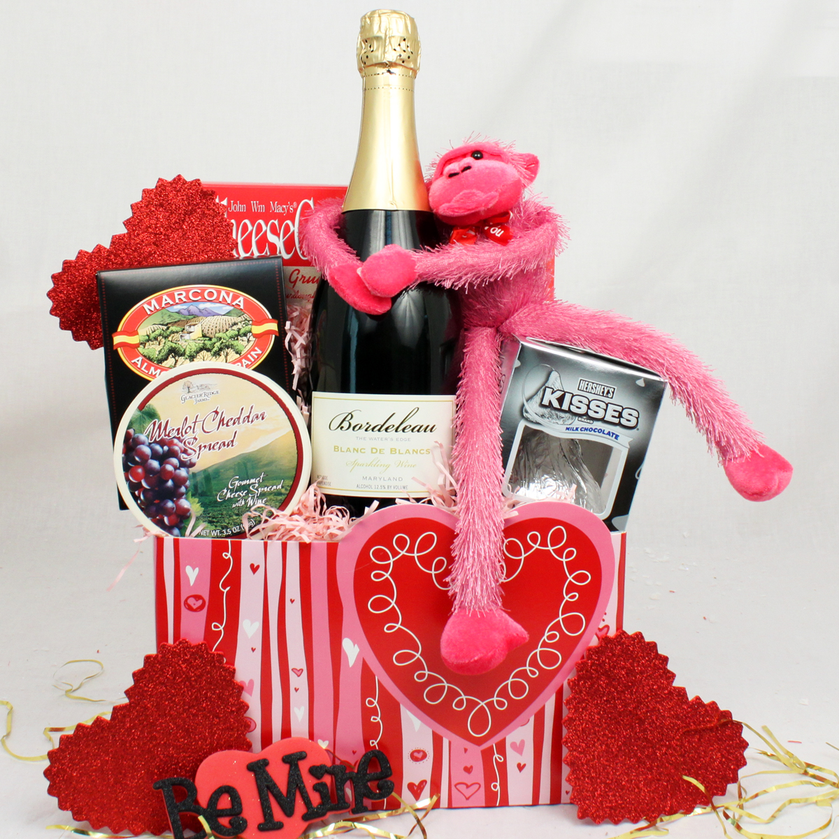 creative-and-thoughtful-valentines-day-gifts-for-her