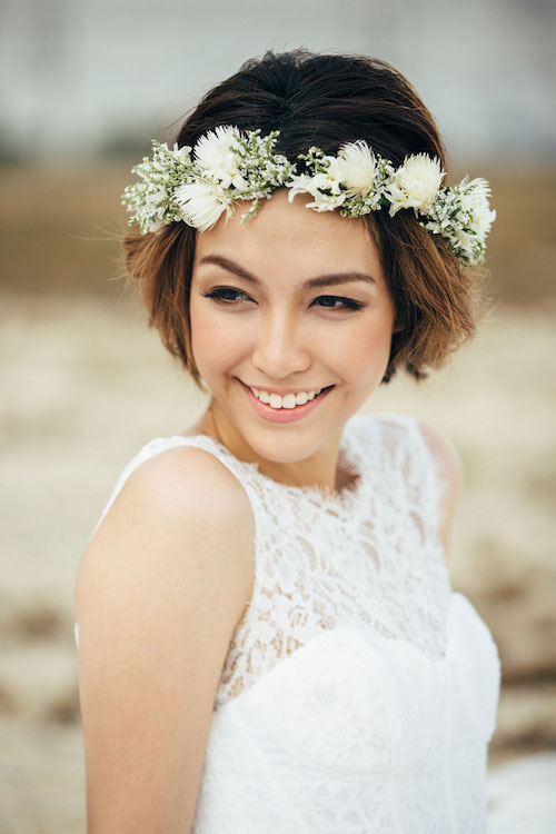wavy-curls-floral-crown-short-hair-wedding-hairstyles