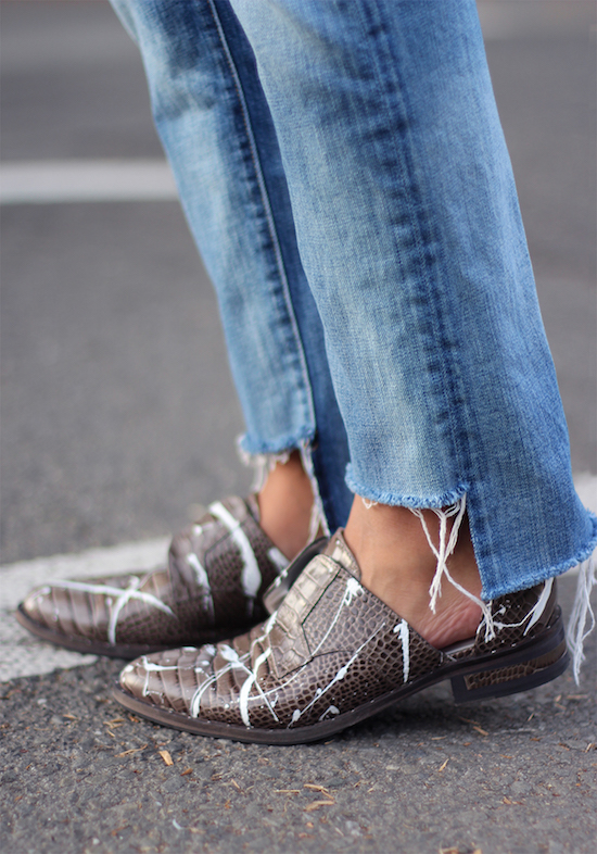 diy-uneven-jeans-hem