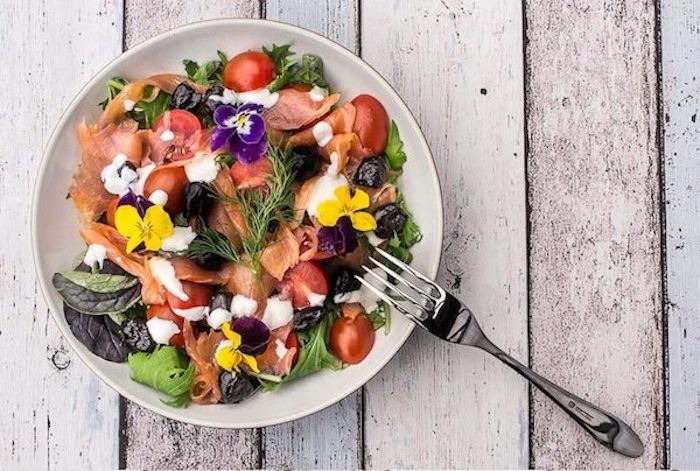 Smoked-salmon-salad-recipe