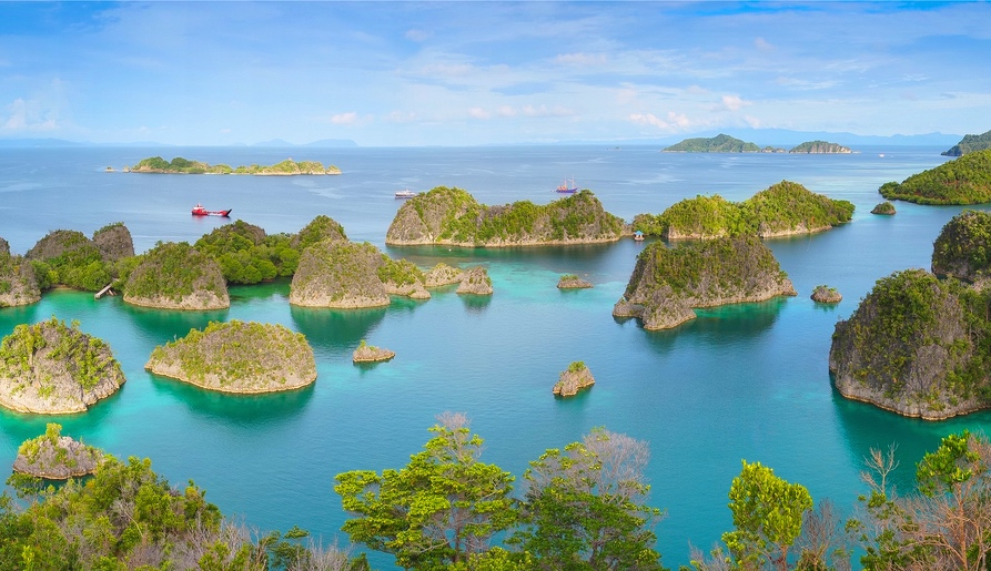 10 Picturesque Island in Southeast Asia That We Can't Take Our Eyes Off