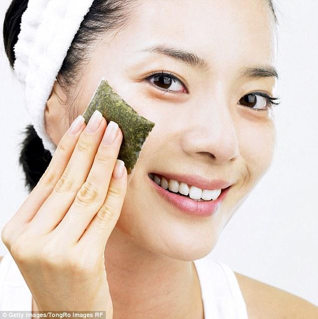 8 Tea Bag Beauty Hacks – Reasons Why You Should Not Throw Away Used Tea Bags!  – LUULLA'S BLOG